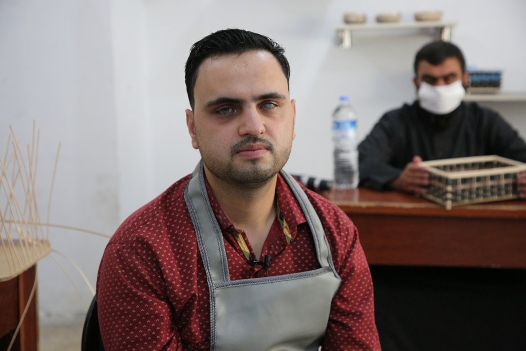 Help Blind People in Syria to Work and Produce