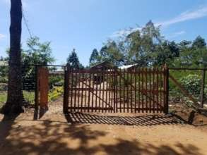 New gate for nursery in Mambasa to prevent goats