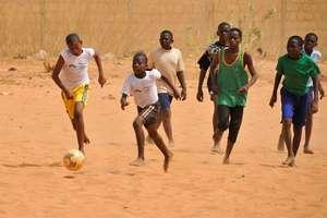Hampaté Bâ students' favorite sport : football