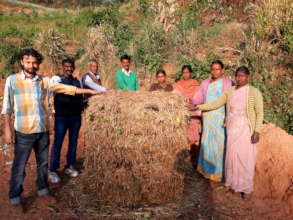 Full compost pile (Holabettu)