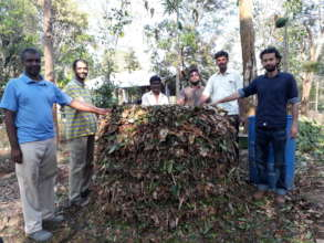 Full compost pile (Gudalur)