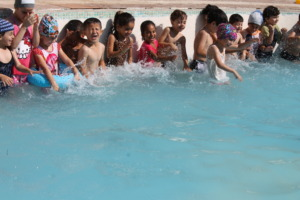 Young students splish & splash for the first time