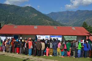 Patients waiting for cataract surgery in Phaplu.