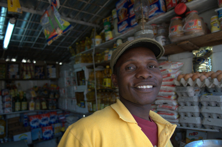 Help Expand Financial Services in Mozambique