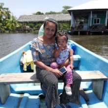 Mariela and Sofi, founders of Mujeres del Mar