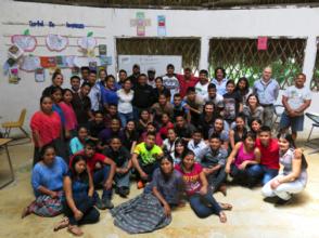 Fellows visiting the AkTenamit center