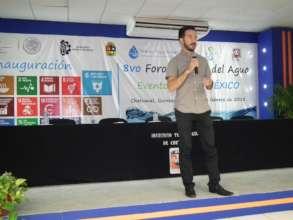 Alejandro giving a workshop
