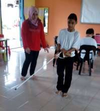 Use of white cane is essential for Daniel to move