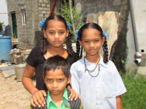 Suvarna and her brother Anji,  her sister Mallika