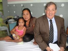 AAI Dir. Santoli with Pauline and Mom at NIH 2012
