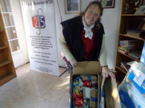 Dr. Sonia receiving donation in Santa Fe