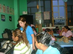 HP volunteers help CAPTA women