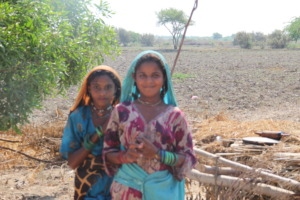 Girls of Hindu family want to go school