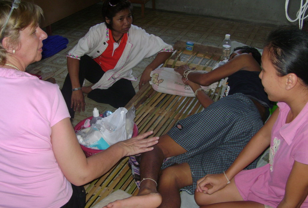 Holistic Care for 450 HIV Positive Thai Families