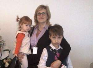 Anna and her children