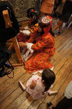 Kilim weaving : Hisar Anatolian Support Society