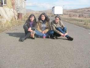 Our volunteers in Lchashen village of Gegarquniq