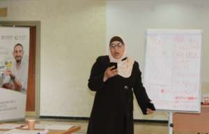 Ruba presents her business idea to the class!