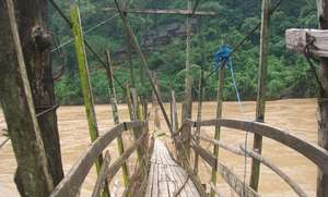 DARE Network - Walking bridge during floods