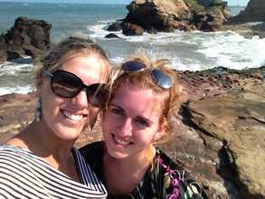 Kelly and Myrthe in Ghana