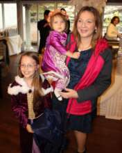 Melissa Beller &  daughters at Ball