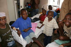 Children on the ward (Dar es Salaam, Tanzania)