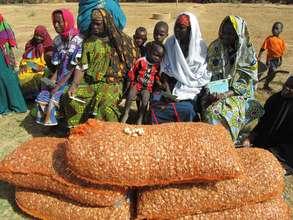 Women's group -- onion seeds -- Tiecourare
