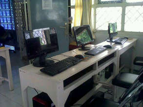 The new computers in VTC Computer Class
