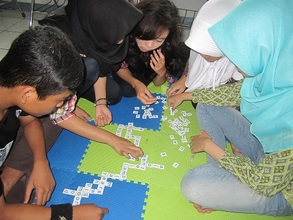 Playing Scrabble in English Classes