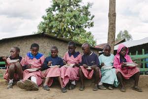 Primary School kids enjoying their lunch