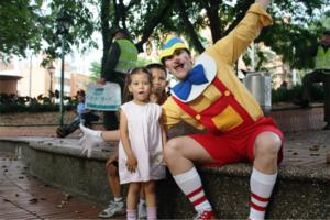 In Medellin, kids were starstruck by Pinoccio!